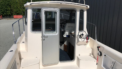 24-Fisherman-Feature-Full-Height-Waterproof-door-open-1559048893179.jpg