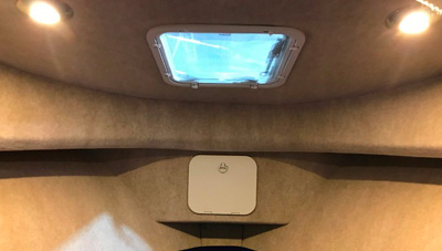 26-Long-Cabin-Feature-Cuddy-Cabin-Lights-1559058086286.jpg