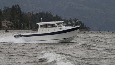 26-Long-Cabin-Feature-Offshore-Dependability-2-1559056348181.jpg
