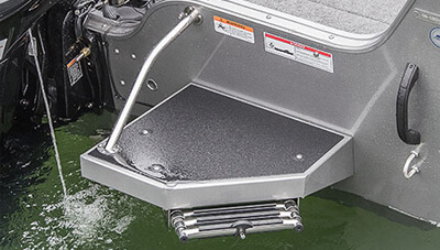 Crestliner-Super-Hawk-1850-Features-Swim-Platform-Ladder-1558591912620.jpg