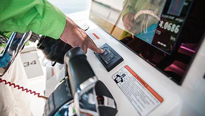Mercury-Outboard-Feature-Digital-Throttle-1584354279013.jpg