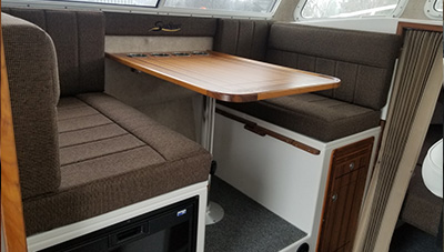 SeaSport-Features-2600-Kodiak-convertable-dinette-1583334731441.jpg