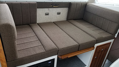 SeaSport-Features-2600-Kodiak-convertable-dinette-2-1583334732048.jpg