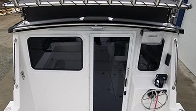SeaSport-Features-Pilothouse-Overhang-1583334780740.jpg