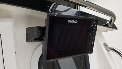 SeaSport-Features-SIMRAD-Evo-3-Navigation-Aft-1583334626684.jpg