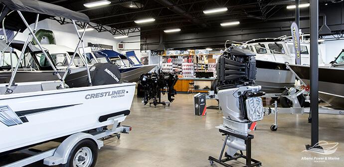 APM-Facilities-Boat-Showroom-Cresltiner-Mercury-V8-Verado-open-cowling-1590757139469.jpg