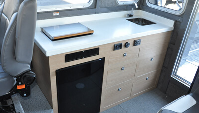 ThunderJet-Pilot-Feature-Starboard-SuspensionSeat-Large-Galley-1621699078607.jpg