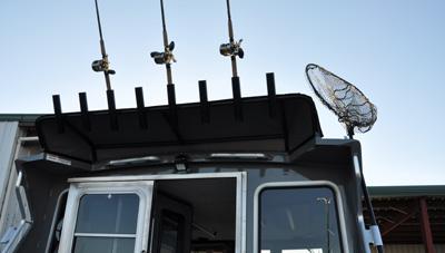 ThunderJet-Pilot-Features-8-Rod-Holders-1621691786615.jpg